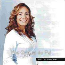 cd-cintia-alves-nos-bracos-do-pai